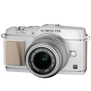 Olympus PEN E-P5 with 14-42mm f3.5-5.6 Silver & White